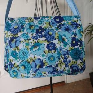 Vera Bradley Lightenup Messenger Blueberry Blooms